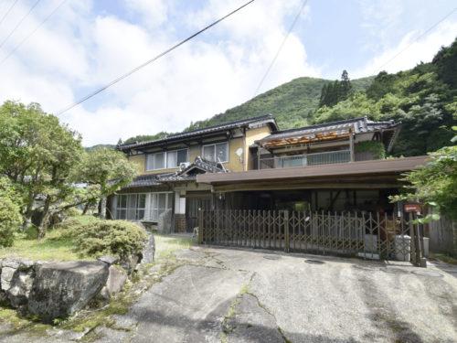 兵庫県姫路市 お部屋数豊富な12LDKの日本家屋!