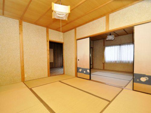 2階 続き間の和室(別角度)