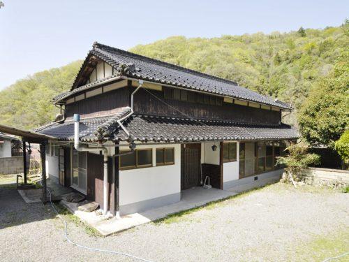 兵庫県たつの市 心安らぐ田舎の風景が広がる。広々敷地の離れ・地続き農地付き物件!!