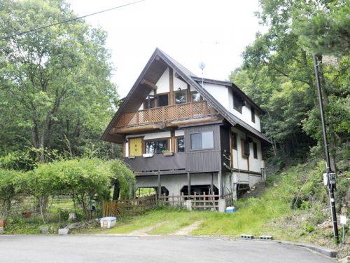兵庫県上郡町 人気の別荘地で過ごすゆったりとした時間♪日当り良好なログハウス(゚-^*)