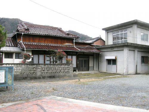 兵庫県宍粟市 山崎中心地まで約2km、至極便利なところです!!