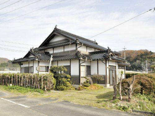 岡山県美作市 田畑に囲まれ緑豊かなのどかな環境でスローライフを楽しみませんか?