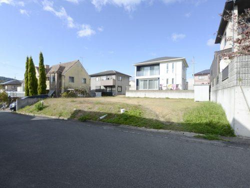 兵庫県たつの市 閑静な住宅街の住宅用地です!敷地面積334.16㎡(約101坪)に理想のお家を建てませんか♪
